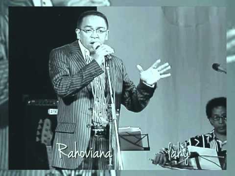 Ilay matilo-Rija Ramanantoanina (Live acoustique CC Esca 2010)
