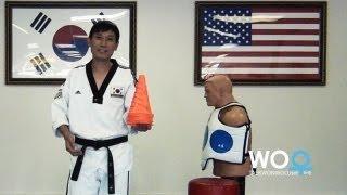 Taekwondo training tips: Practice hook kick on kicking bag (taekwonwoo)