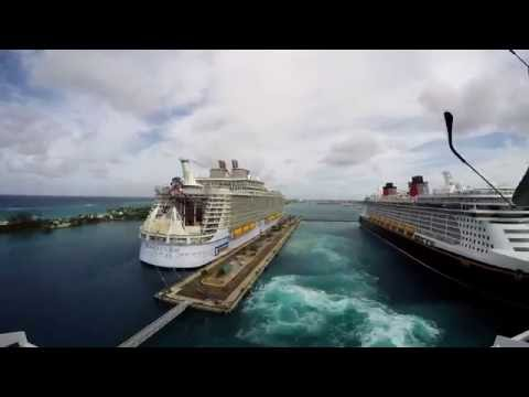 Timelapse of cruise ship MSC Divina leaving 3 ports