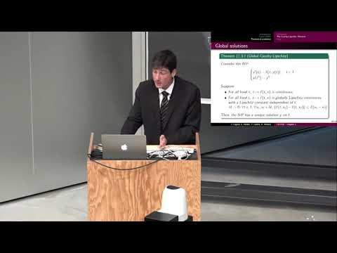 Cours de mathématiques avec le professeur John Cagnol [3/3]