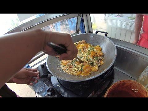 Greater Jakarta Street Food 1382 Seblak Sayur Tahu Mang Abas Warung Kaleng