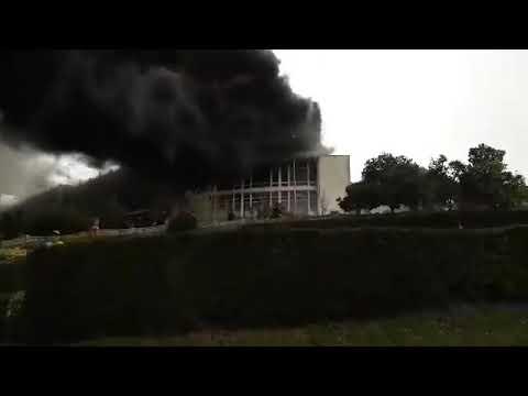 ویدیوی  از آتش زدن هتل قدیم رامسر توسط مزدوران جمهوری اسلامی برای انحراف افکار عمومی