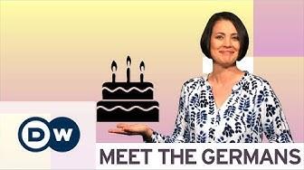 Geburtstag feiern in Deutschland: Was man tun und besser lassen sollte | DW Deutsch