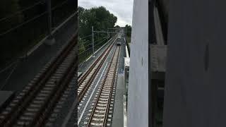 Hoekse Lijn - vertrek & aankomst metro S. Nieuwland