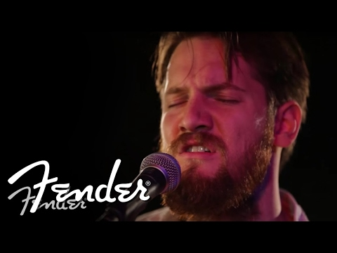"Blake Mills Performs ""If I'm Unworthy"" 