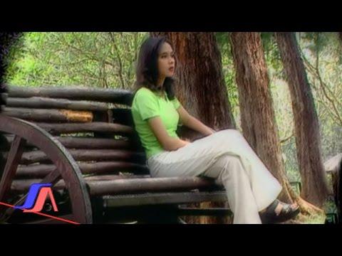 Caca Handika - Kasih Sekejap (Official Music Video)