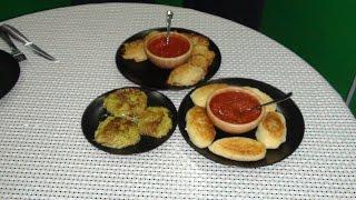 Оладьи из кабачков, картофельные драники и зразы картофельные с грибами.