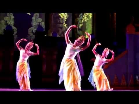 Dandaree Myanmar Show in Bagan