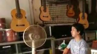 Beli Gitar di kramat jati