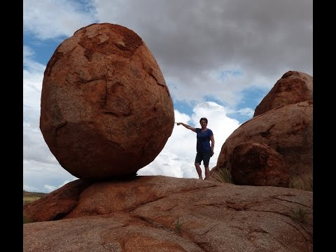 Devils Marbles Amazing Balancing Rock Formations Northern Territory Outback Australia Karlu Karlu