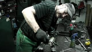 SSangyong Kyron 2008 год,замена сальника червяка рулевой рейки