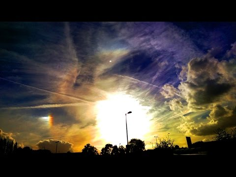 Sundogs, rainbows and chemtrails ing Moon and Sun  Flat Earth dome clues?