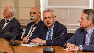 """""""Tarcza dla samorządów"""". Minister cyfryzacji przedstawił program"""