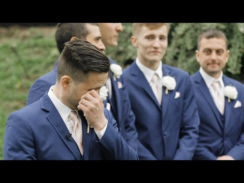 Grooms Can't Stop Crying Seeing Their Brides!