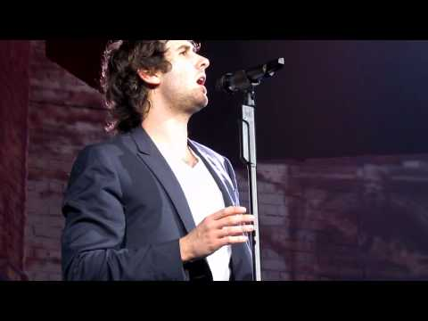 Josh Groban- Per Te 06.15.2011