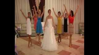 Танец невесты ЗУМБА!!!(, 2012-12-07T18:33:41.000Z)