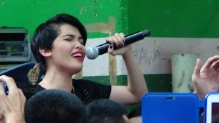 KZ TANDINGAN - Eraserheads Medley (Live in Two Shopping Centers!)