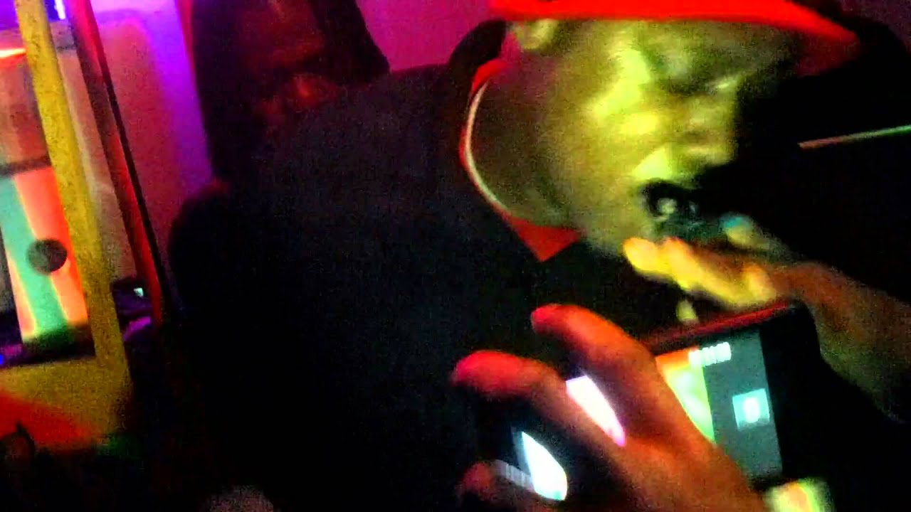 Download steve money @ gingers