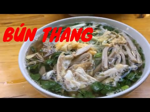 VIETNAM FOOD TOUR: BÚN THANG/Hanoi combo noodle soup (chicken, egg, pork & sausage)