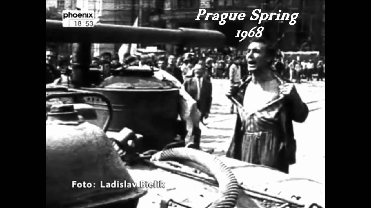 Edith Piaf - Je Ne Regrette Rien - with English LYRICS ...  Edith