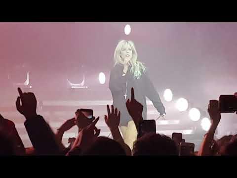 Halsey - Gasoline (Live HFK Tour Chile)