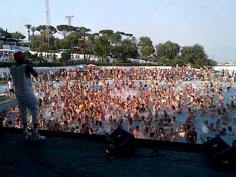 Innovation Waterpark Party 2012 Part 3