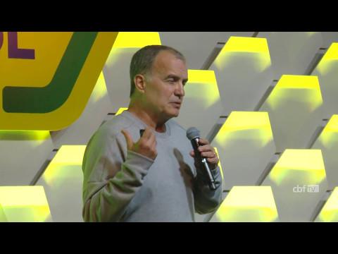 Técnicos e Táticas: Marcelo Bielsa, ex-seleções argentina e chilena