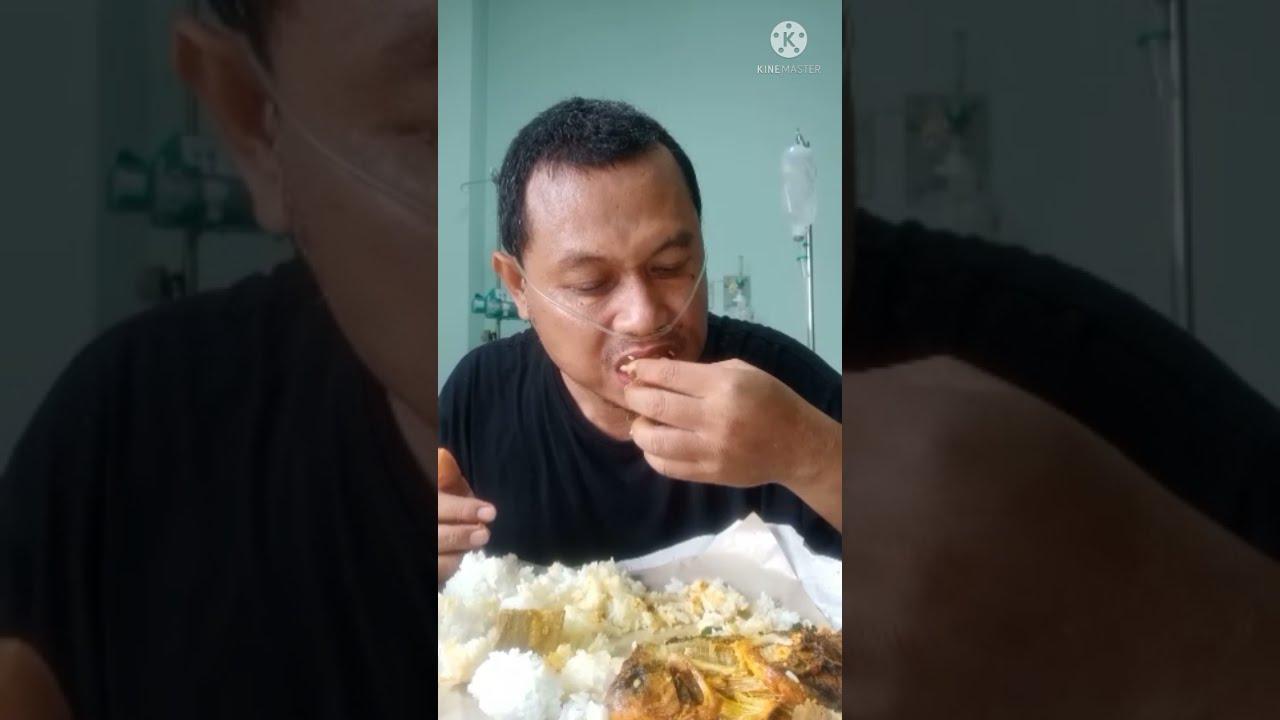 Lebaran sendiri masih di RS akibat covid 19  Alhamdulillah ada Nasi Padang jadi teman