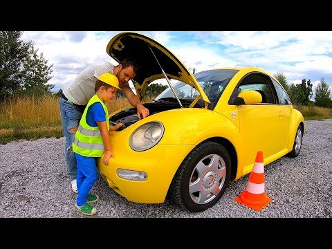The Car VW Bug Broken Down | Pretend Play Mechanic with Cars