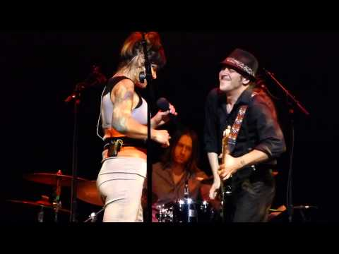 Beth Hart - Caught Out In The Rain - 6/21/15 Whitaker Center - Harrisburg, PA