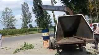 Test Of Diesel Engine Mobile Wood Chipper With Hydraulic Feeding