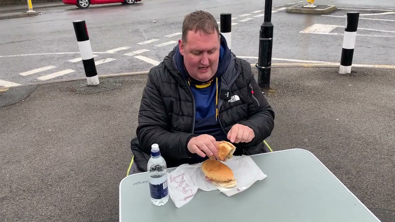 Download Eating a Famous Sandwich in Sheffield