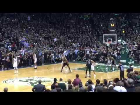 milwaukee-bucks-boston-celtics-game4-nba-playoffs-2018-highlights