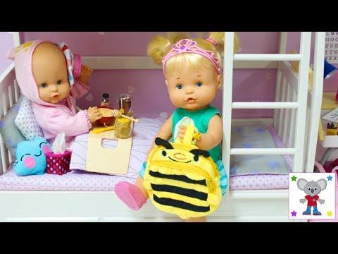 Rutina de la Mañana Bebés Nenuco HERMANITAS TRAVIESAS Alice está malita y Naia estrena Mochila