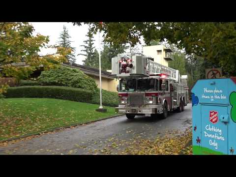 Vancouver Fire & Rescue Services - Tower 10 Responding (x2)