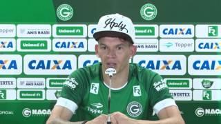 Apresentação do atacante Junior Viçosa no Goiás