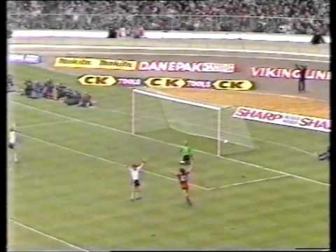 Liverpool v man utd 1983 League Cup Final   Movie 1