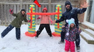 Kids Play Inflatable Limbo Challenge!! kids fun family game in Snow