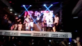 PA Q LA PASES BIEN- ARCANGEL EN ARGENTINA (Jesse james)