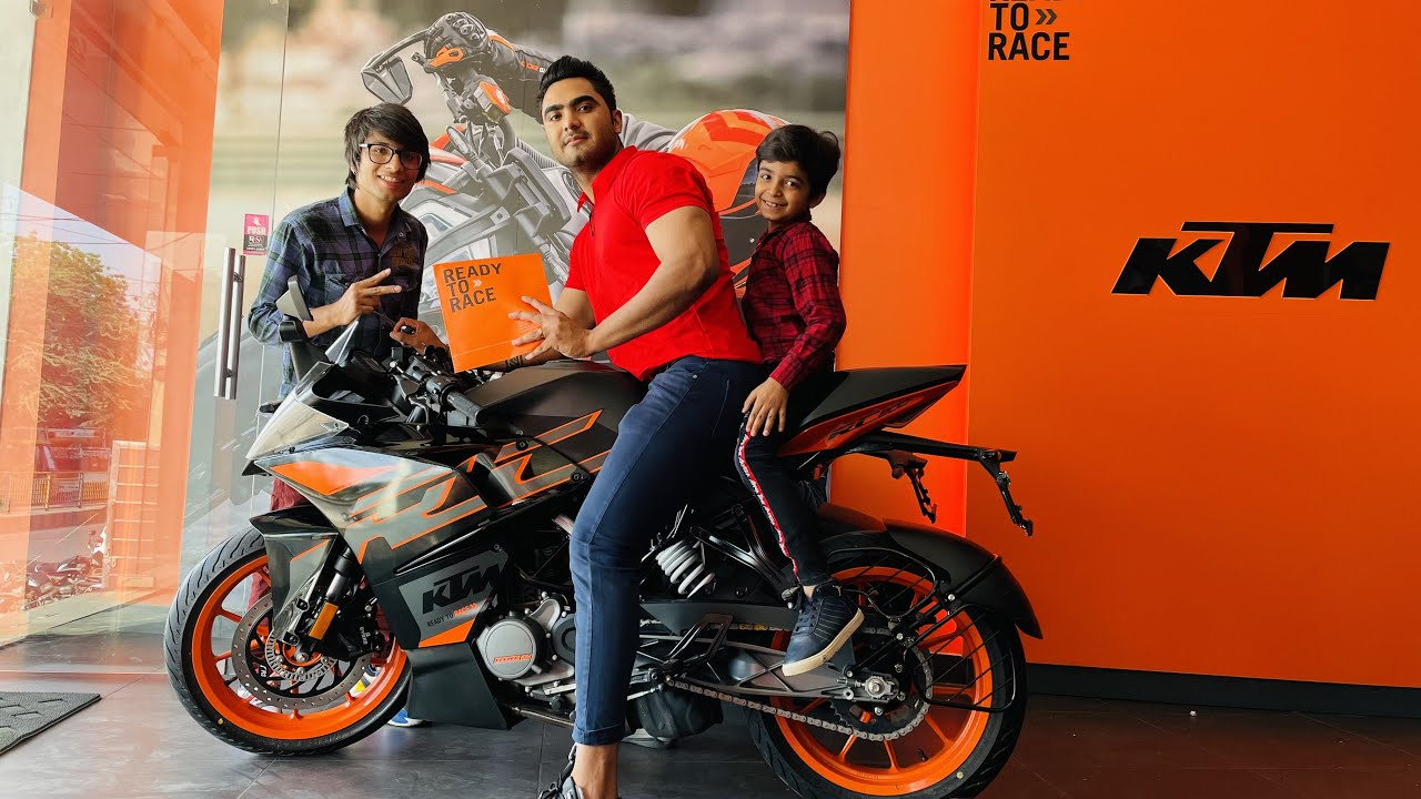 Taking new bike delivery with sourav joshi vlogs♥️