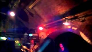 """Wetter """"Casbah"""" Surf Instrumental - Live in Rhiz, Vienna"""