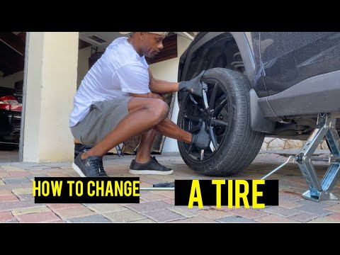 HOW TO REMOVE WHEEL WHEN YOU GET A FLAT TIRE