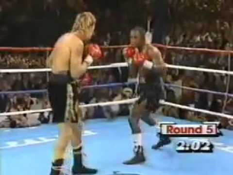 """Sugar"" Ray Leonard vs. Donny ""The Golden Boy"" Lalonde - (3 of 5) November 7, 1988"