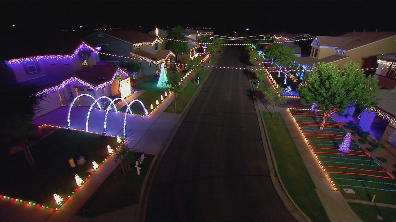 Christmas On Comstock Light Show - The Great Christmas Light Fight ...