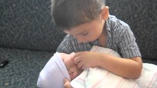 Bryson meets baby brother Liam!