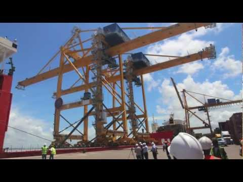 Port of Beira - arrival new gantry cranes