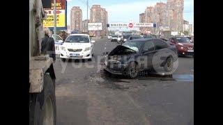 Лихач на «Корсе» врезался в автомобиль-пылесос в центре Хабаровска. MestoproTV