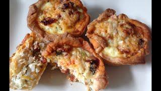 Рецепт Корзиночки из слоеного теста с начинкой из чоризо риса брокколи лука яиц и сыра