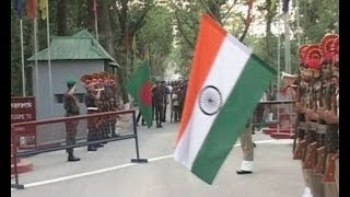 beating retreat ceremony at indo bangladesh border in agartala attracts tourists