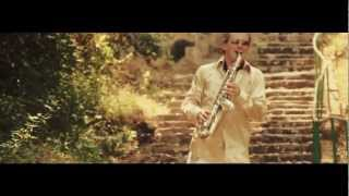"Eric DULLE ""So naive"", pop saxophone music video (Gilnie Production / W.O.A Films)"